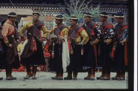 Dance to the glory of the 'Brug pa (chos gzhas), Royal troupe, Paro Tshechu (tshe bcu), afternoon, 5th day