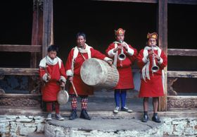Lay Musicians of the procession from the dzong to the dance arena, Paro Tshechu (tshe bcu)