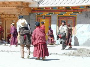 Tibetan pilgrims circumambulating the Gyutrul Temple [sgyu 'phrul lha khang].