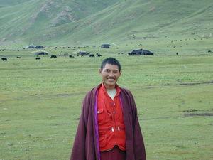 A monk named Tashi Phuntsok [bkra shis phun tshogs]