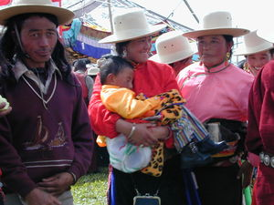 A nomad family at the festival.