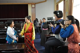 UVa staff are interviwing the winners of Shem Writing Competition (Xining, China)