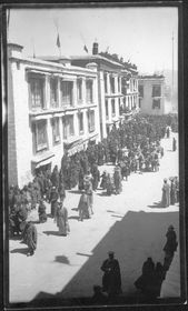 South side of Barkor facing east, with procession of lay officials. Copyright Pitt Rivers Museum, University of Oxford 1999.23.2.35